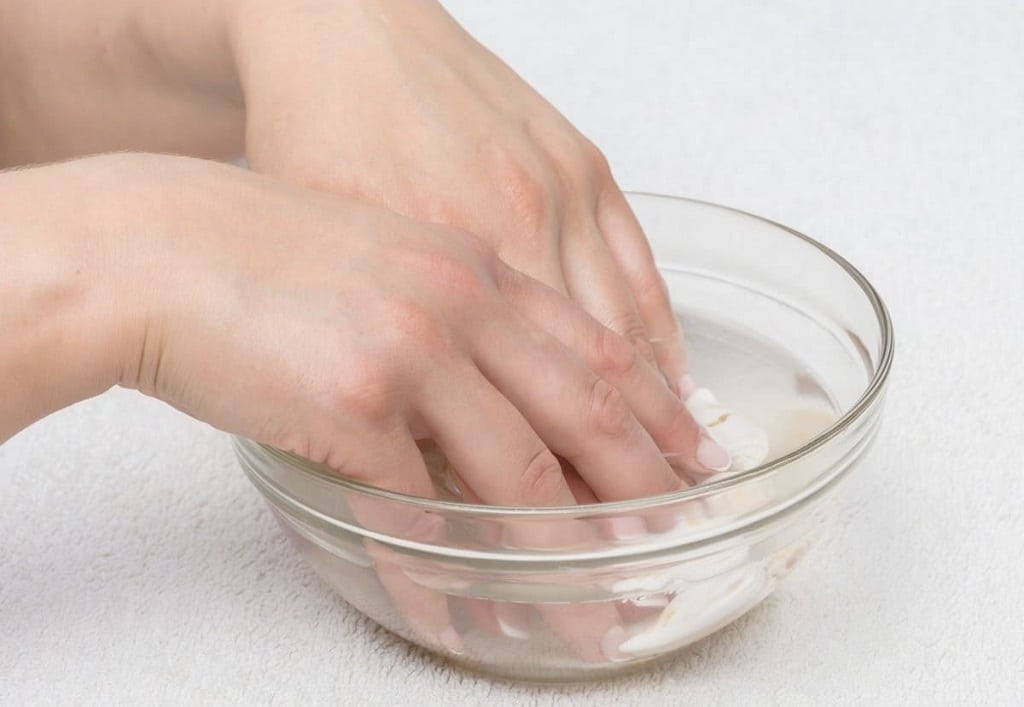 rom water-based manicures