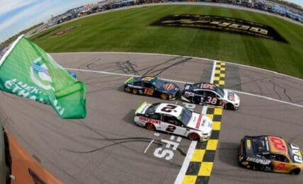 Cup Series Hollywood Casino 400 Race at Kansas Speedway