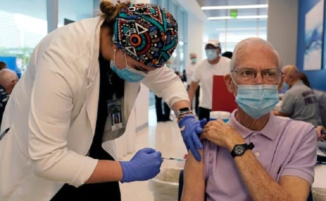 Coronavirus updates: Herd immunity will 'take awhile,' CDC director says; California to switch up vaccine distribution; US deaths near 430K