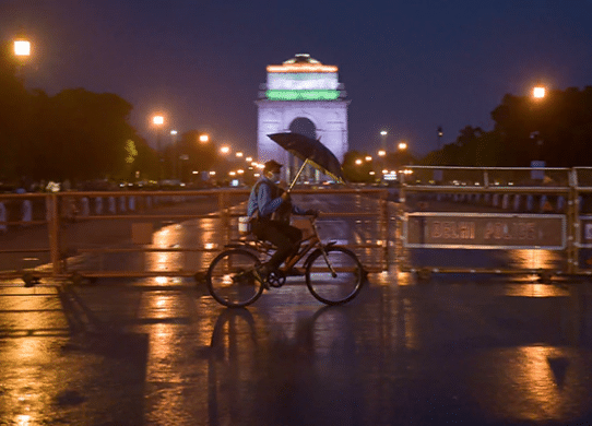 Night Curfue in Delhi