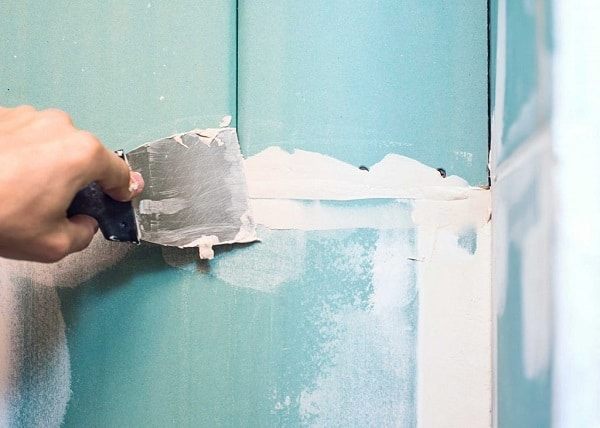 5 Easy Tips to Fix Cracked Walls Permanently
