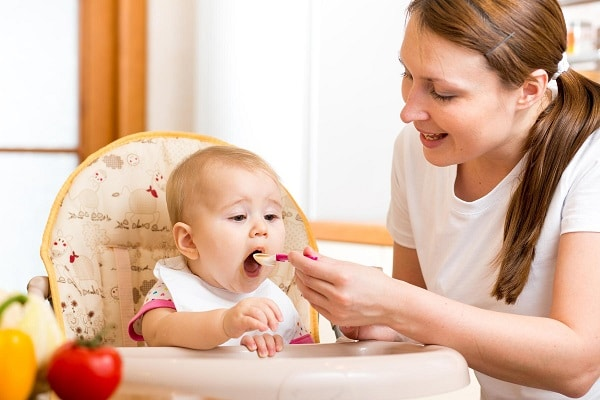 Baby Feeding Schedule: 9 to 12 Months Old
